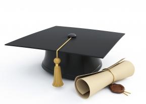 اعلان للخريجين وخريجات جامعة المجمعة بشأن موعد واجراءات استلام وثائق التخرج